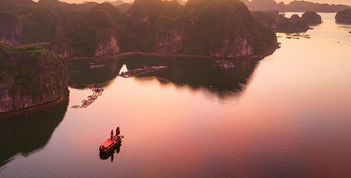 voyages au vietnam home