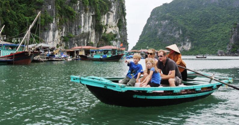 Partez avec des locaux qui connaissent vraiment la baie d'Halong