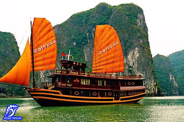 Bateau de Tuan Chau baie d'Halong