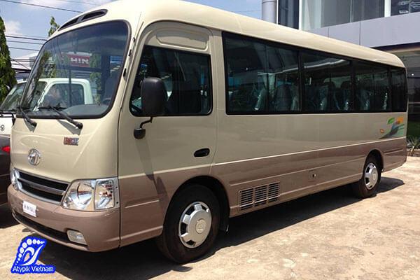bus de l'agence pour le trajet de hanoi baie d'halong