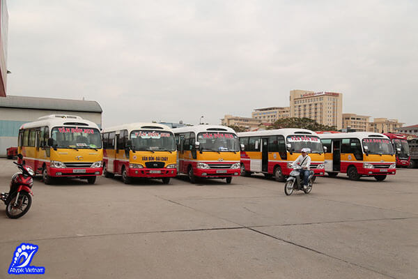 bus en ville d'Halong