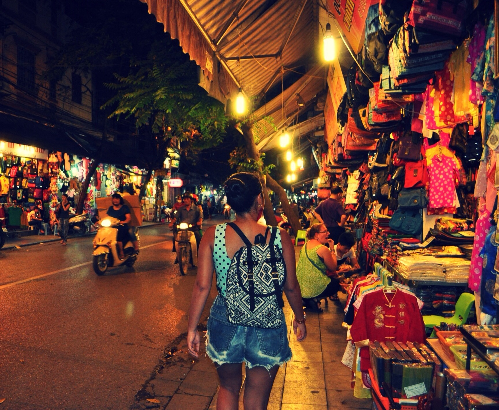 Faire une visite de Hanoi à pied