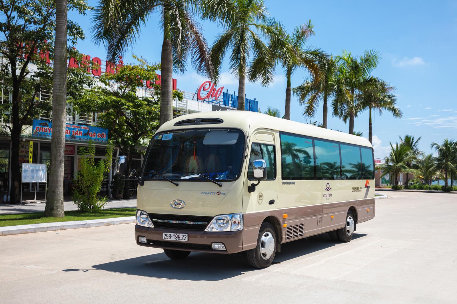 Ninh Binh à la baie d'Halong en bus