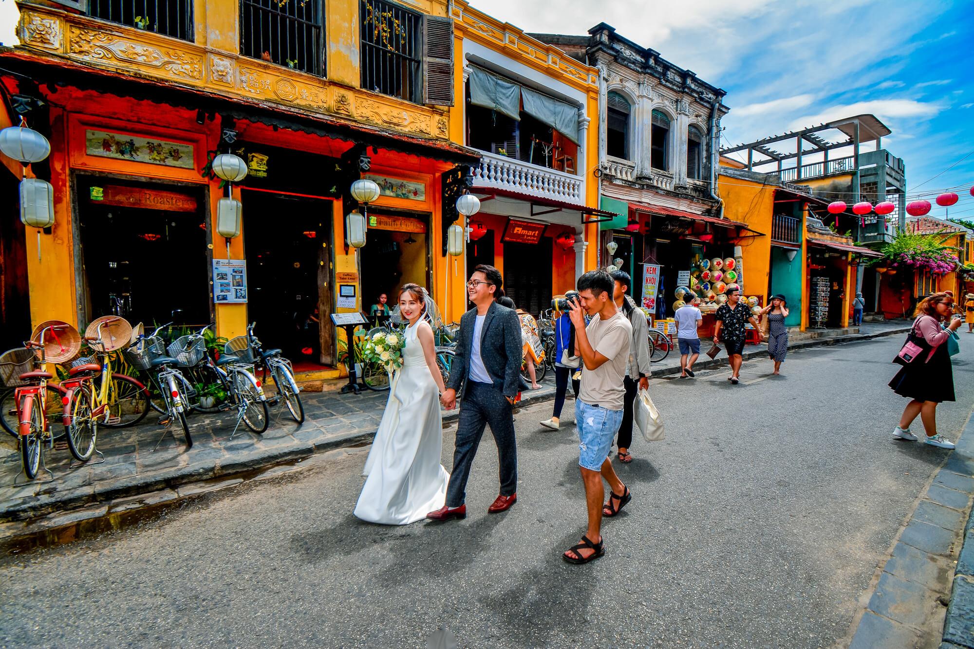 Promenade dans la ville ancienne de Hoi An