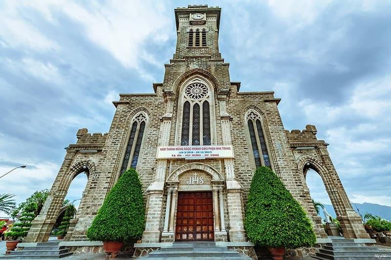 Visite de la cathédrale de Nha Trang