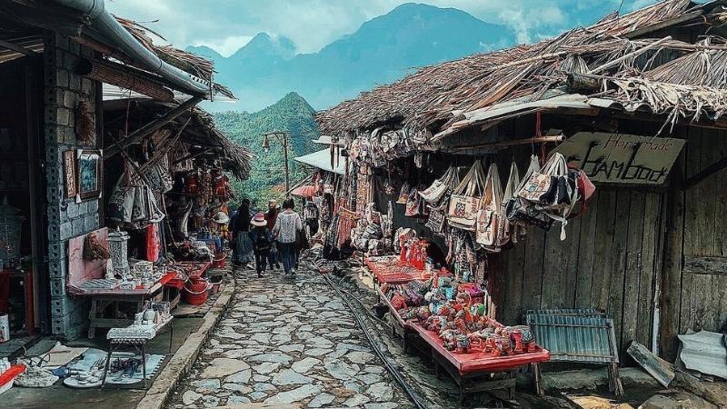 Visiter les villages des tribus des collines