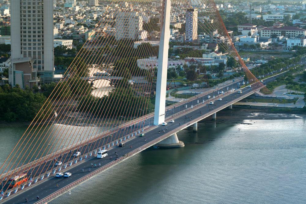 Visitez le pont du fleuve Han