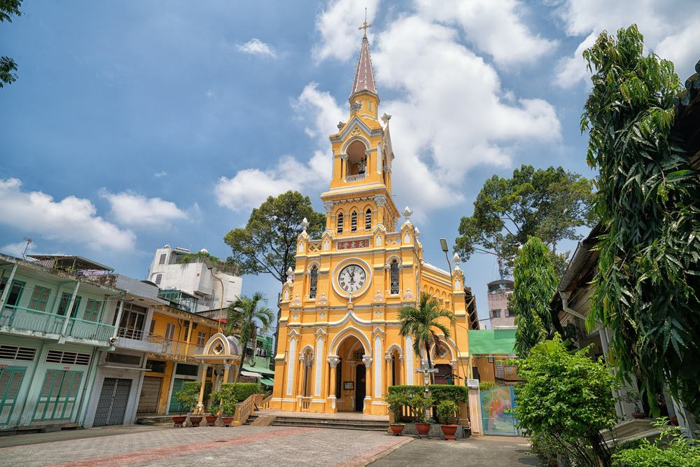 Admirer l'église Cha Tam