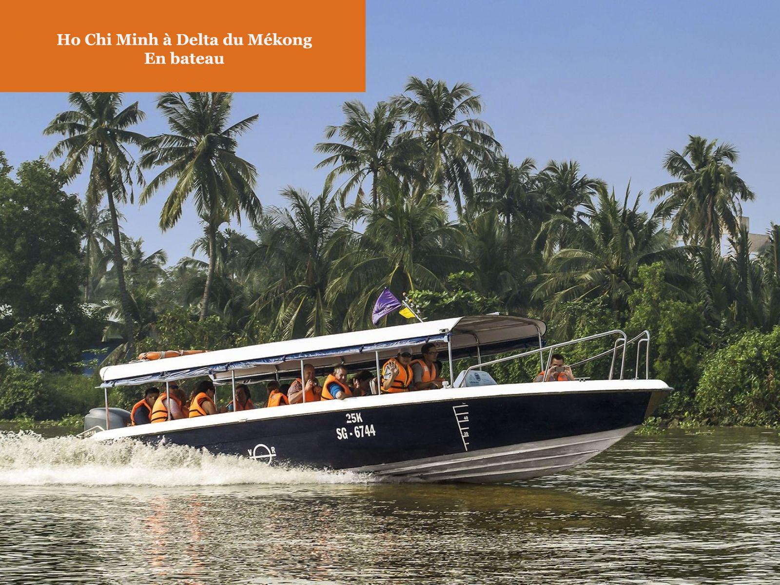 Bateau de Ho Chi Minh à Delta du Mékong