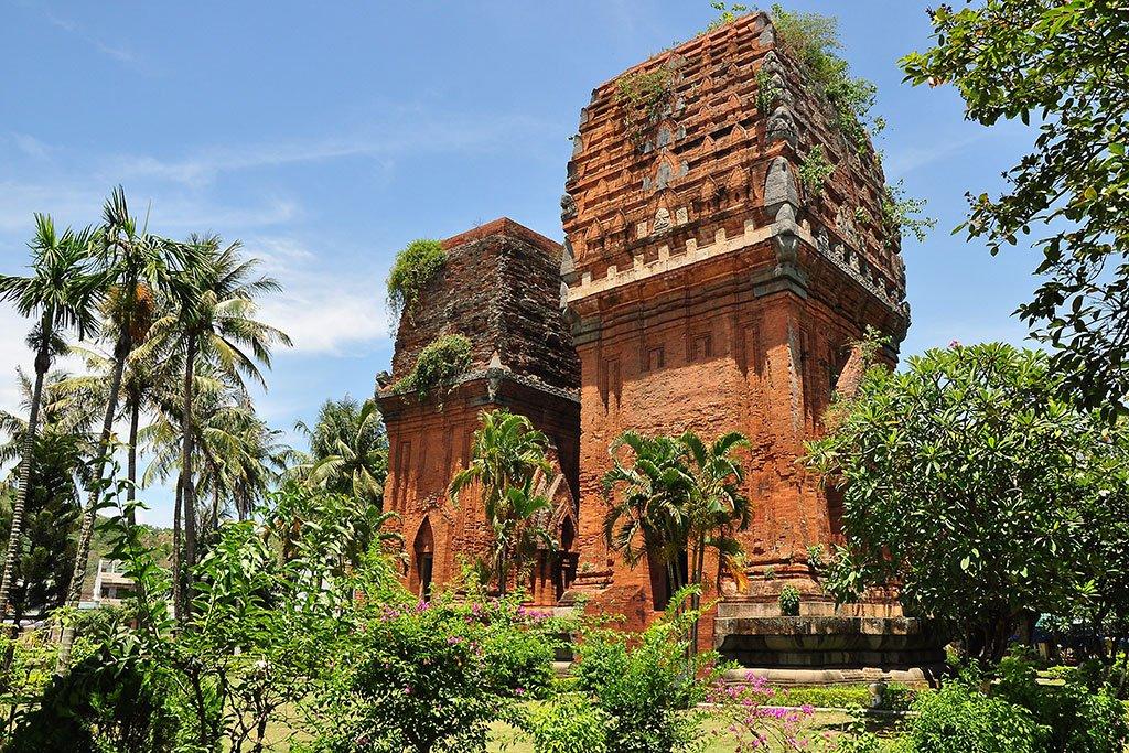 Découvrir les tours cham de Thap Doi