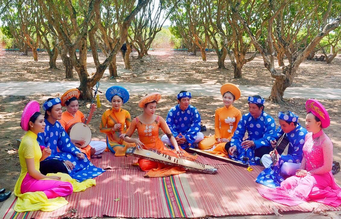 Écouter les chansons folkloriques du Sud (Đờn ca Tài Tử)