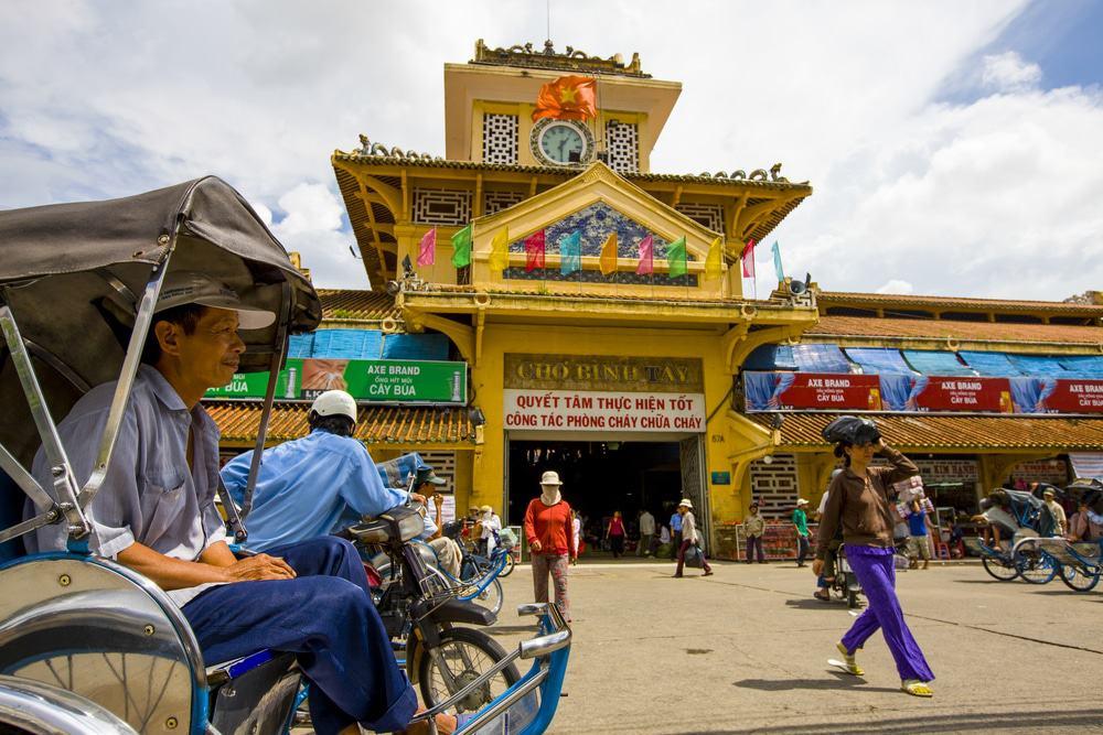 Petit-déjeuner au marché de Binh Tay et cho Lon