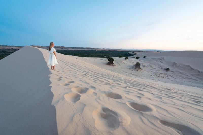 Visite des dunes de sable blanc au lever du soleil