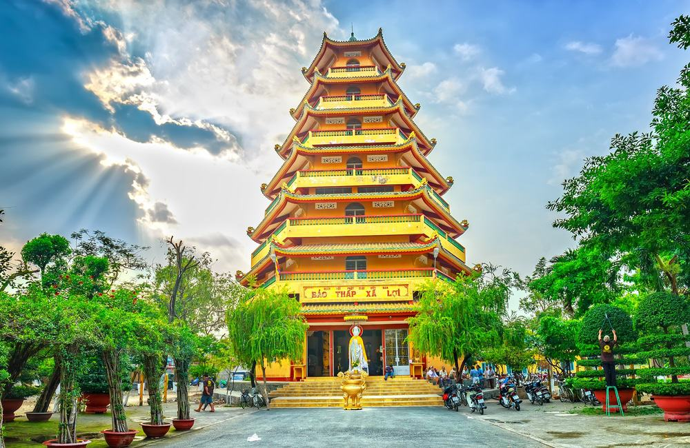 Visiter la pagode Giac Lam