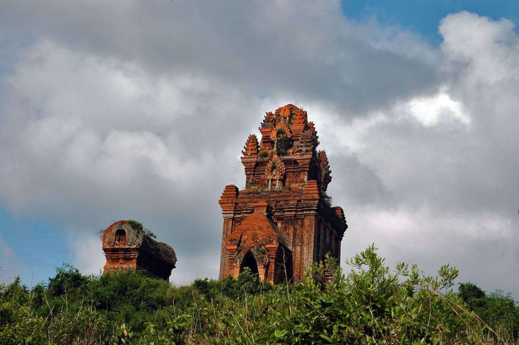 Visiter la tour Banh It Cham