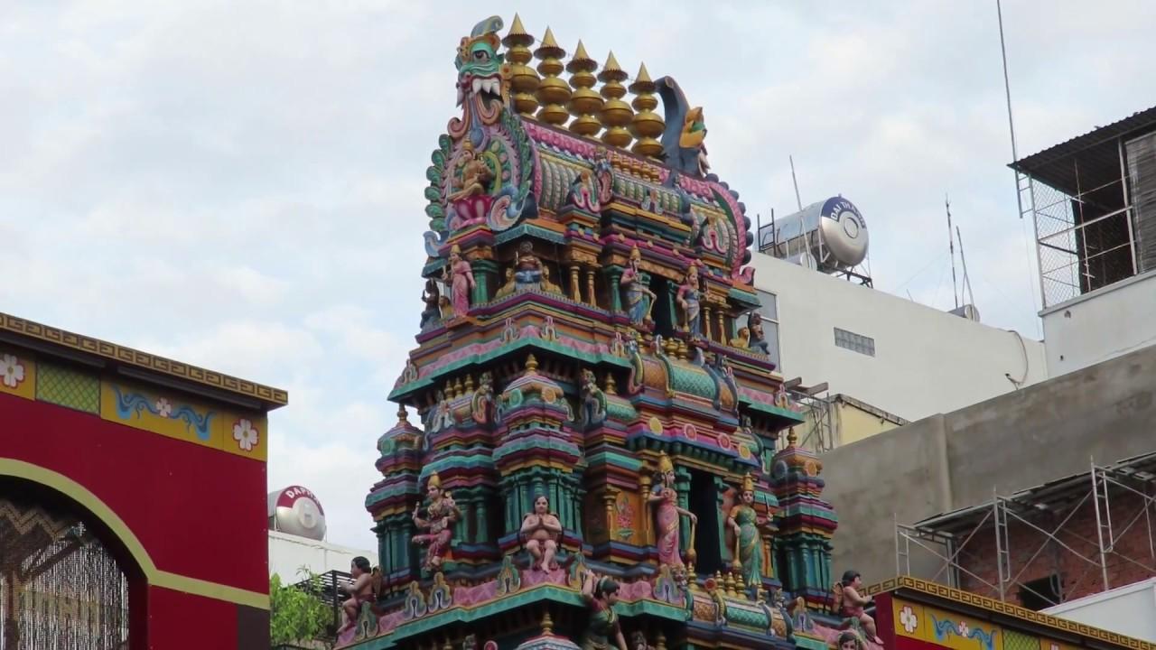 Visiter le temple hindou de Mariammam