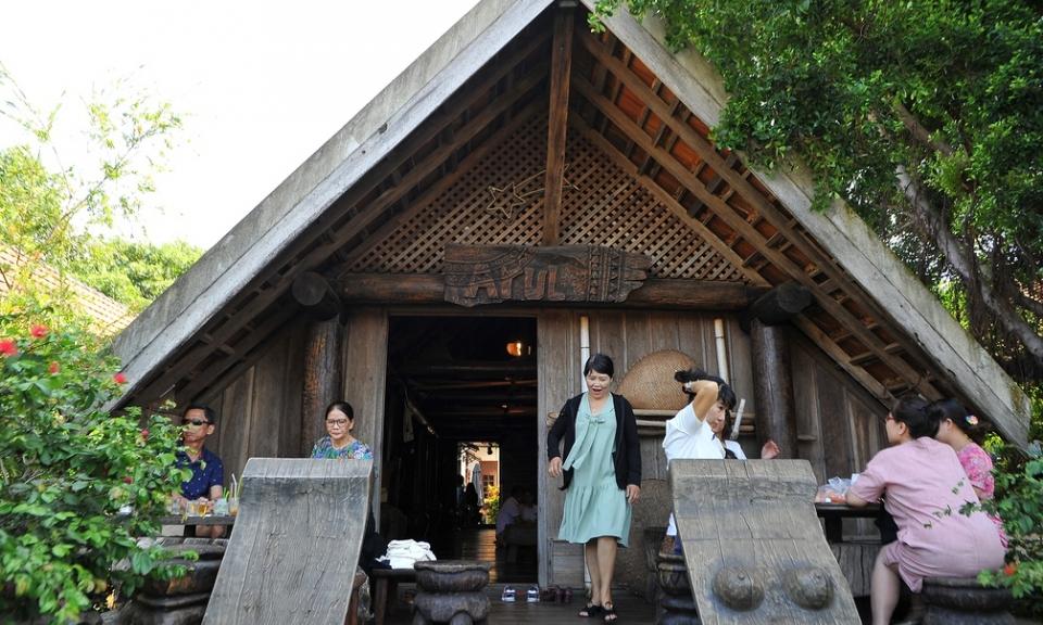 village d'Akô Dhông