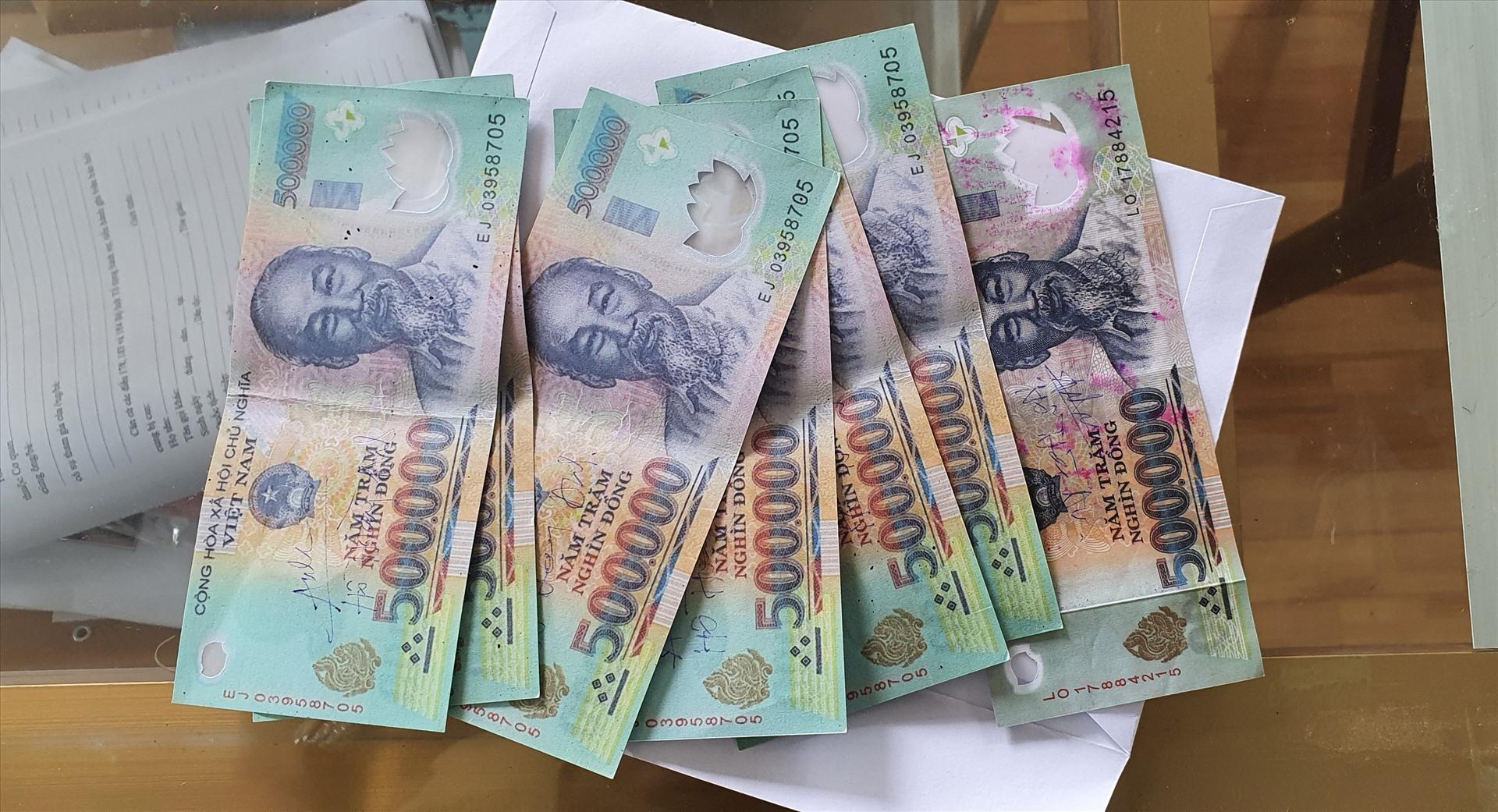 Comment différencier la vraie et la fausse monnaie vietnamienne