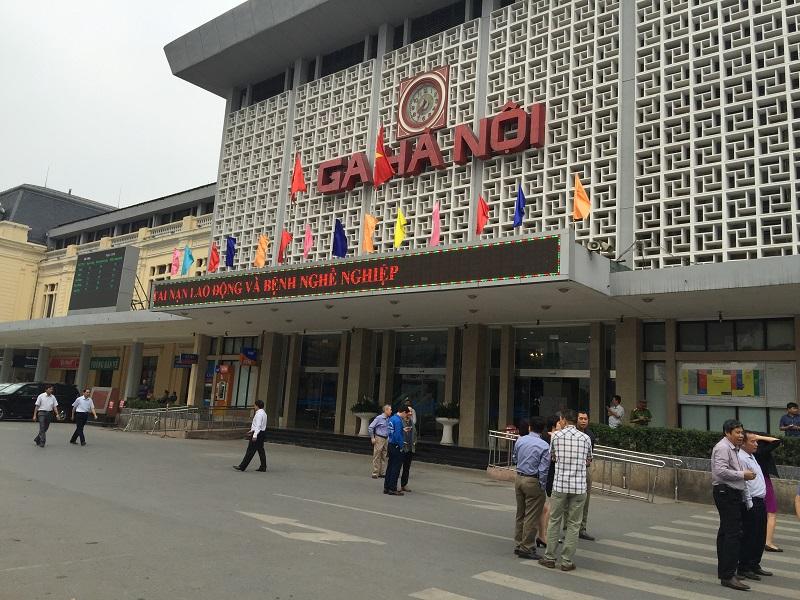 Comment réserver l'e-billet du train chez Vietnam railway