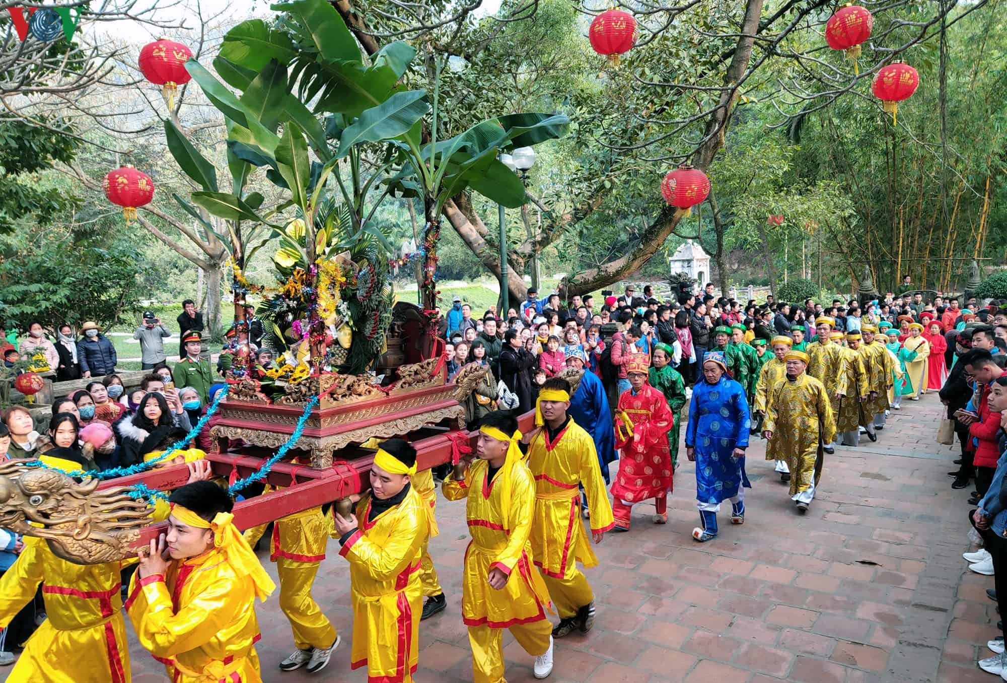 Fête et festival de Giong