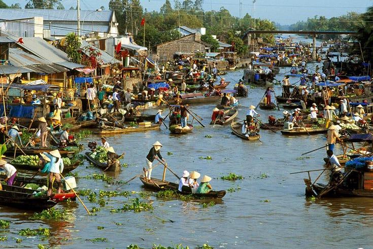 Marché flottant de Phung Hiep