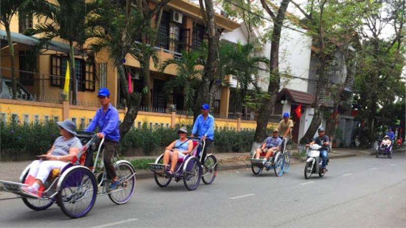 Promenade en cyclo pousse à la ville de Hue