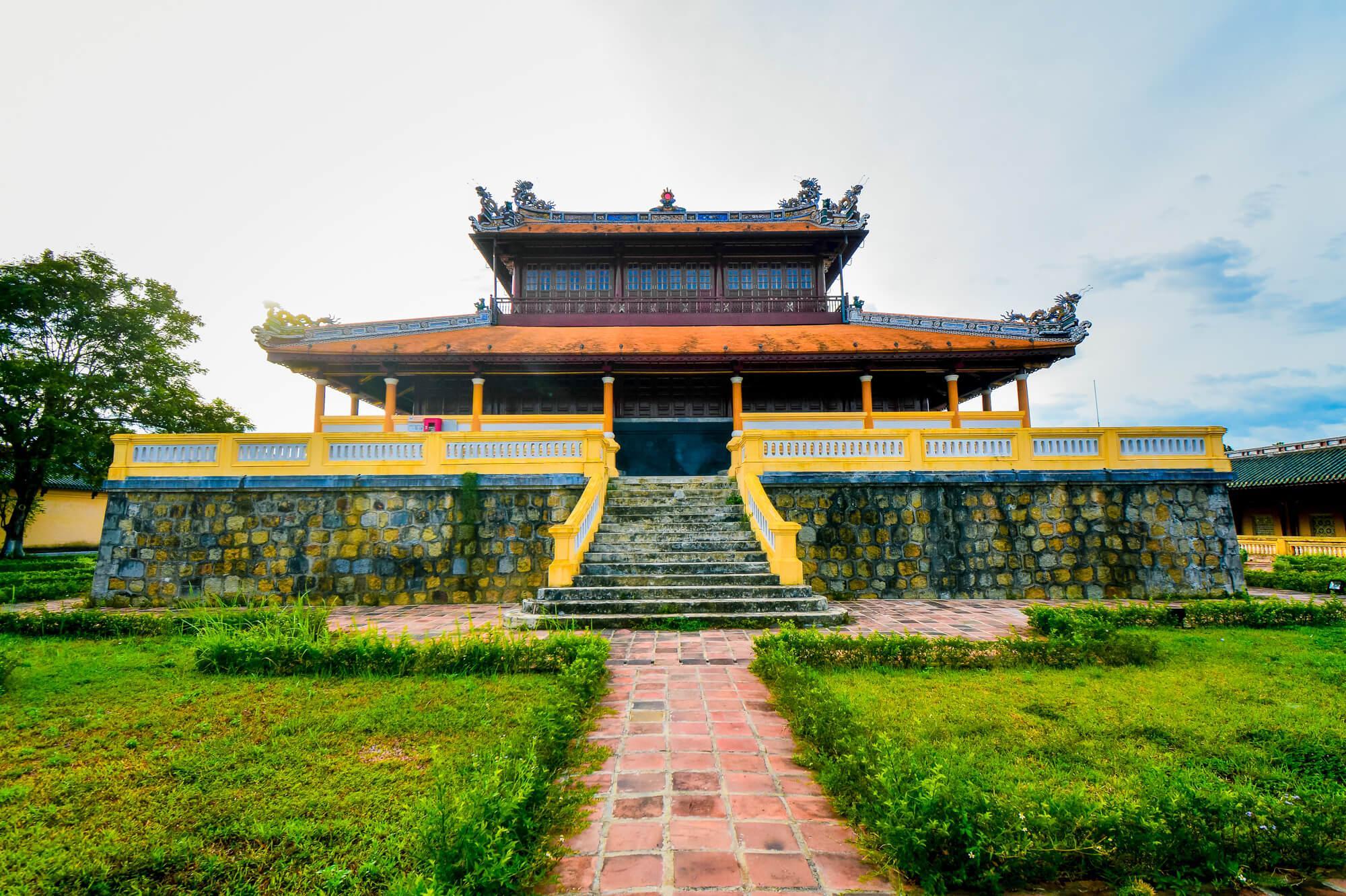 Visiter les endroits merveilleux à Hué