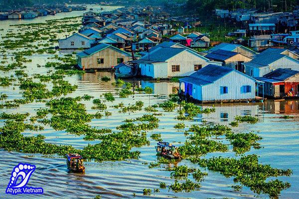 Visiter le village flottant Chau Doc