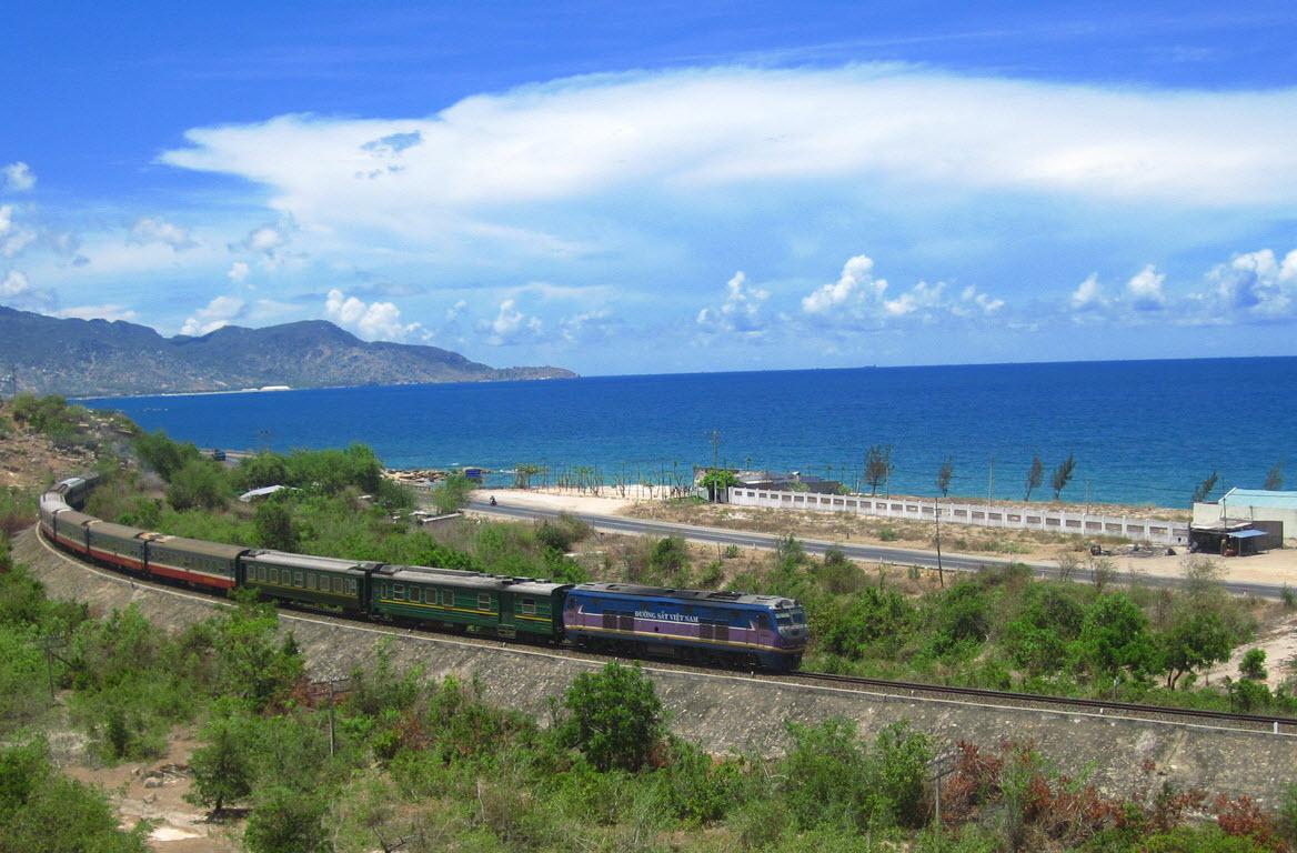 voyager en train au vietnam