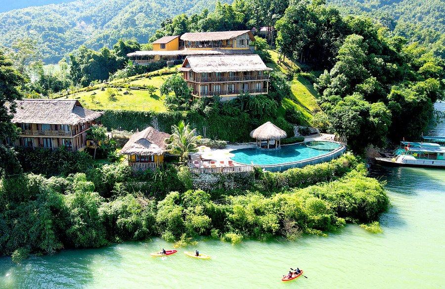 Mai Chau HideAway Lake Resort